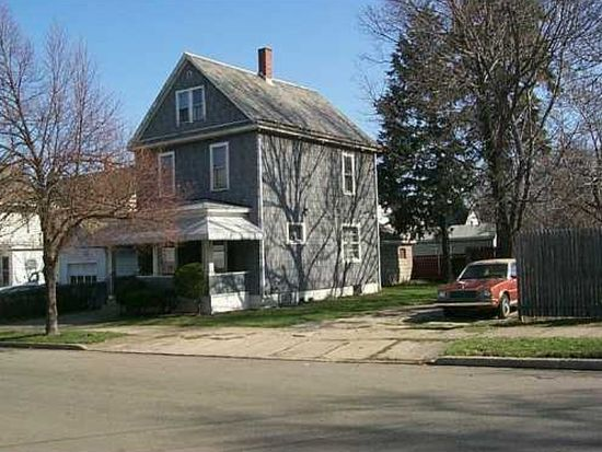 2411 Perry St, Erie, PA 16503