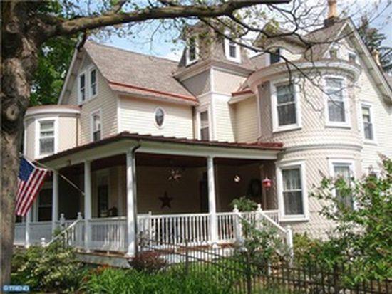 374 Maple Ave, Doylestown, PA 18901