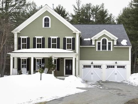 26 Page Rd, Bedford, MA 01730
