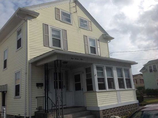 179 Ivy St, East Providence, RI 02914