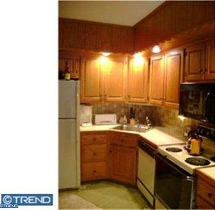 2431 Endlich Ave, Reading, PA 19606