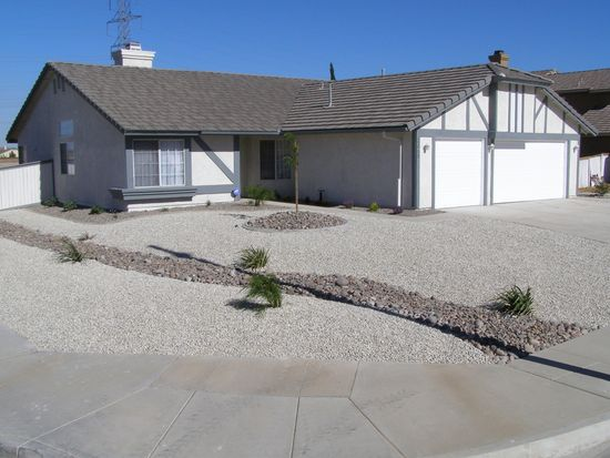 12953 Snowview Rd, Victorville, CA 92392