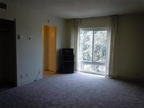 390 N Winchester Blvd, Santa Clara, CA 95050