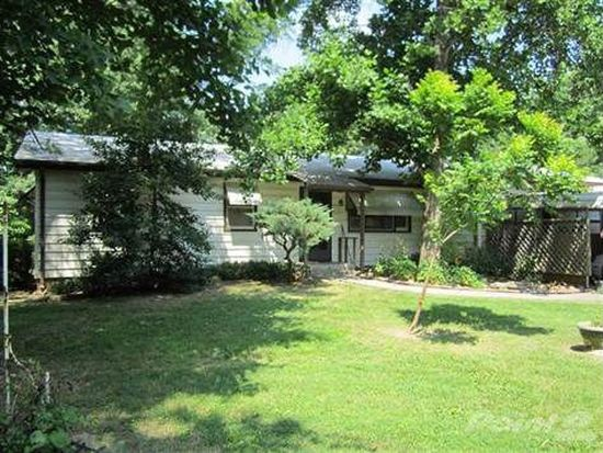 5219 N Rocky Acres Rd, Springfield, MO 65803