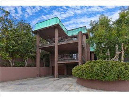 7932 Prospect Pl, La Jolla, CA 92037