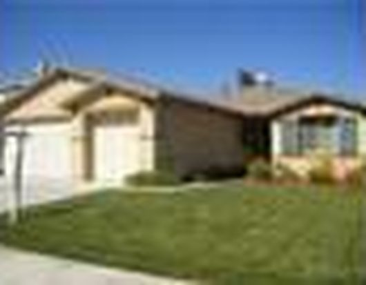 1290 Estancia St, Beaumont, CA 92223