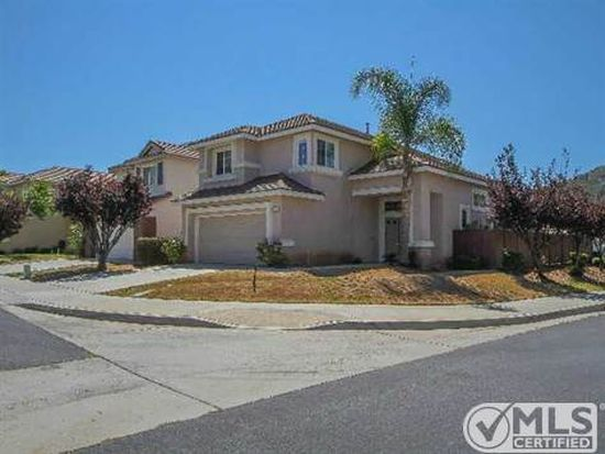 8705 Gracilior Ct, Escondido, CA 92026