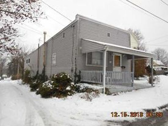 513 Bell St, Sharon, PA 16146