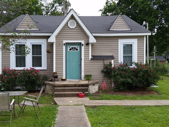 513 7th St S, Amory, MS 38821
