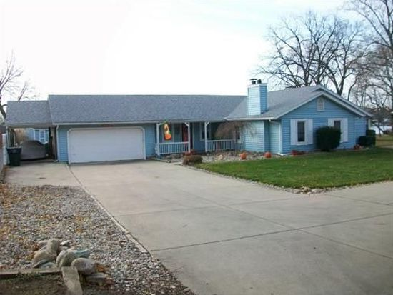 11438 Jefferson Rd, Osceola, IN 46561