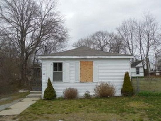 139 Ottawa Ave, Warwick, RI 02889