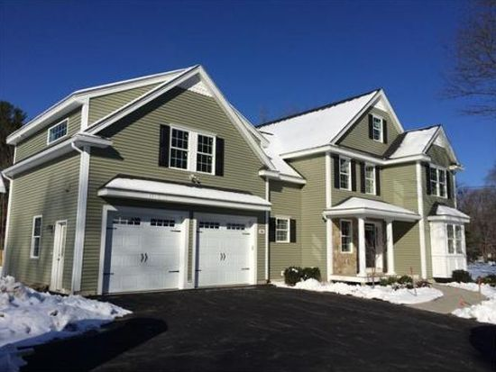 84 Lexington St, Burlington, MA 01803