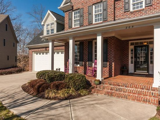 205 Chesterfield Dr, Cary, NC 27513