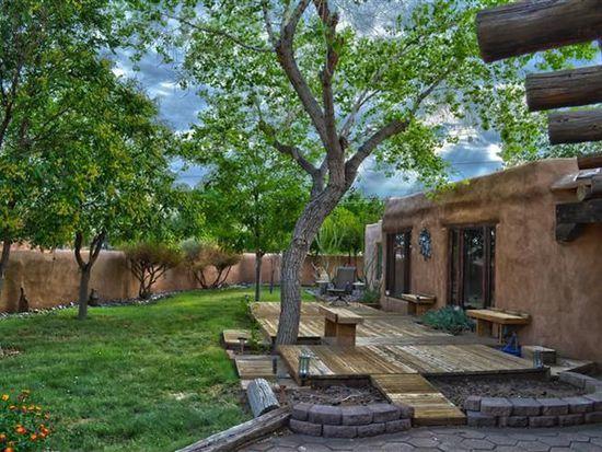 3601 Vista Grande Dr NW, Albuquerque, NM 87120