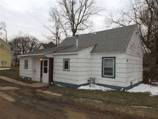 715 3rd St STE A, Brookings, SD 57006