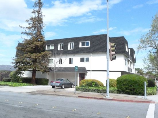 1300 Arguello St APT 1, Redwood City, CA 94063