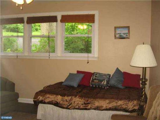3245 Pine Rd, Huntingdon Valley, PA 19006
