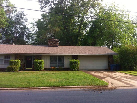 701 NW 7th St, Bentonville, AR 72712
