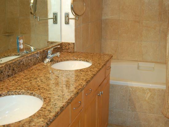 13141 Bella Casa Cir APT 1167, Fort Myers, FL 33966