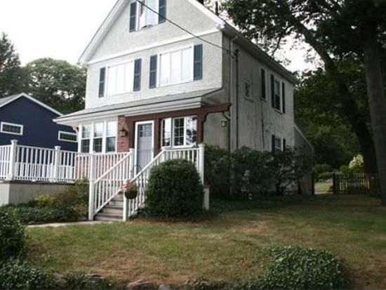 102 Pond St, Winchester, MA 01890