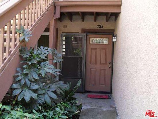 7050 Shoup Ave UNIT 228, Canoga Park, CA 91303