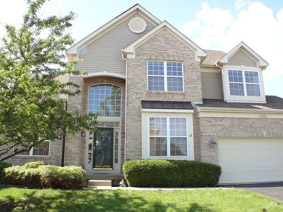 4655 Barharbor Dr, Lake In The Hills, IL 60156
