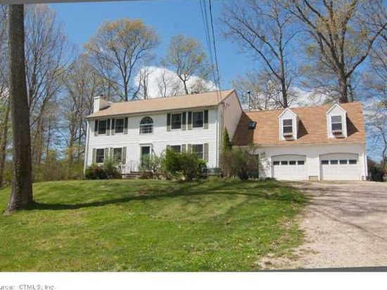 5 Old Colony Ln, Ledyard, CT 06339