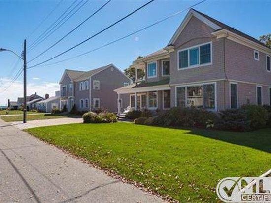 11 Seaview Ave, Mashpee, MA 02649