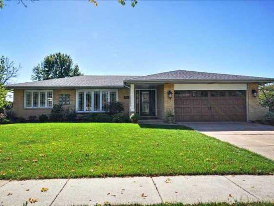 3301 Ailsworth Ct, Darien, IL 60561