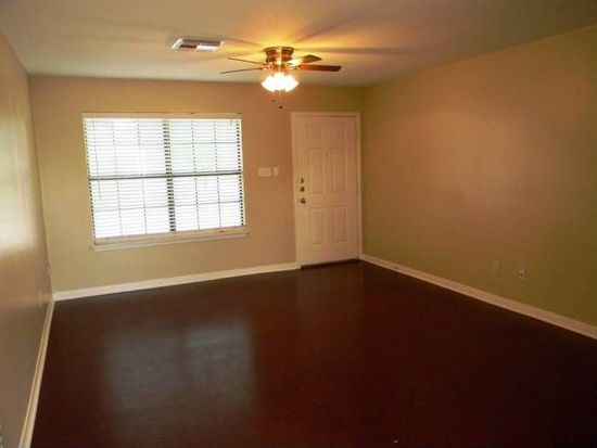 9140 Timber Path APT 801, San Antonio, TX 78250