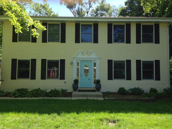 316 Roberts Ln, Batavia, IL 60510