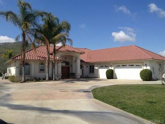 2505 S Mccarty Dr, Colton, CA 92324