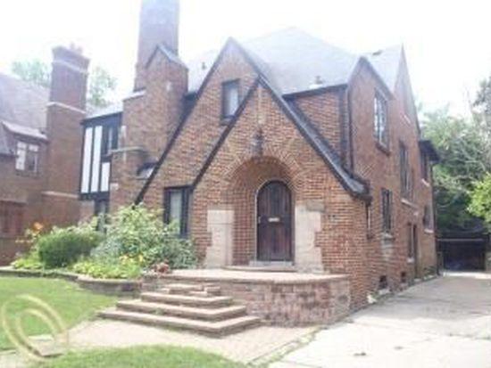 19629 Roslyn Rd, Detroit, MI 48221