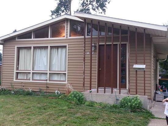 466 E Dayton St, Galesburg, IL 61401