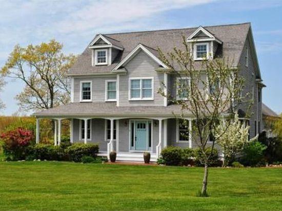 2 Pardon Hill Rd, Dartmouth, MA 02748