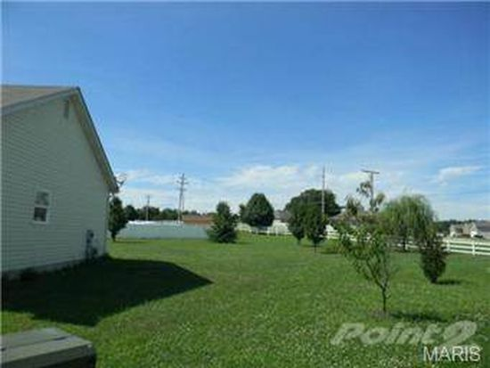 5 Trail Blaze Cir, Festus, MO 63028