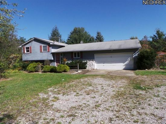 18289 Erhart Rd, Grafton, OH 44044