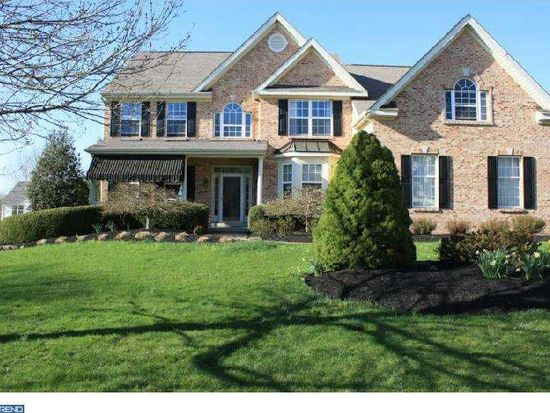 533 Red Coat Ln, Phoenixville, PA 19460