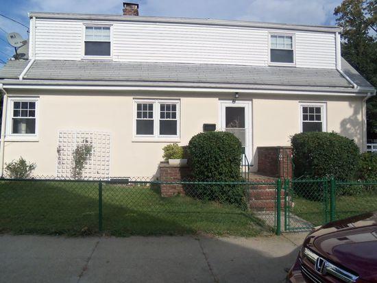 33 Cora St, Winthrop, MA 02152