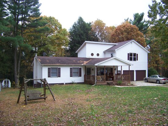 1066 Oak Dr, Brookville, PA 15825