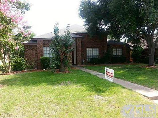 7132 Penshire Ln, Dallas, TX 75227