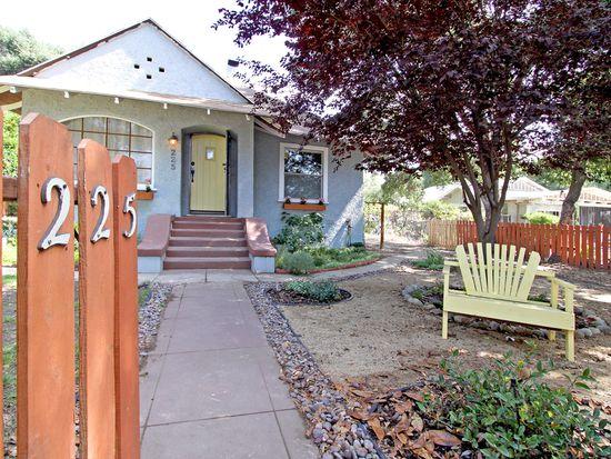 225 Atchison St, Pasadena, CA 91104