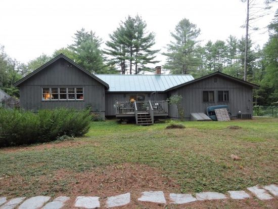 150 Frost Ln, Webster, NH 03303