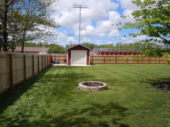 249 Westview Dr, Jefferson, OH 44047