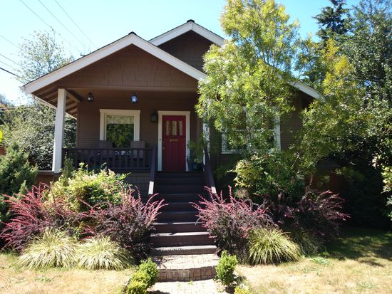 4457 40th Ave SW, Seattle, WA 98116