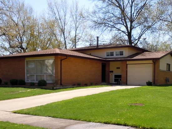 405 Stanton St, Park Forest, IL 60466