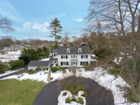 7 Cross Rd, Darien, CT 06820