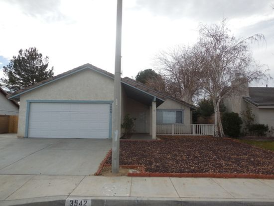 3542 W Avenue J12, Lancaster, CA 93536