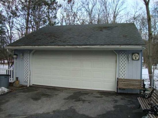 708 N Crissey Rd, Holland, OH 43528