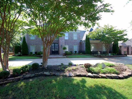 1000 Summer Springs Rd, Collierville, TN 38017